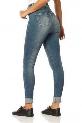 calca skinny hot pants reducao dz2316 costas proximo denim zero