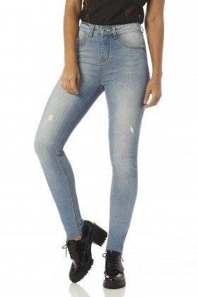 calca skinny media estonada dz2395 frente proximo denim zero
