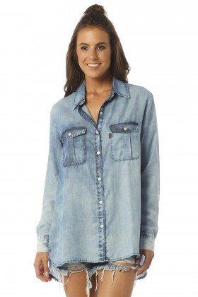 camisa feminina oversize com marcacao dz11100 frente proximo denim zero