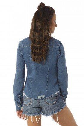 camisa feminina ajustada estonada dz11103 costas proximo denim zero