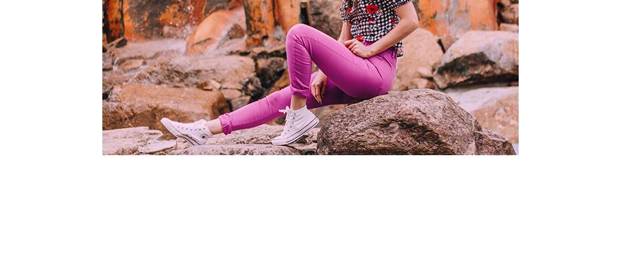 Outubro rosa: Como Usar Seu Jeans Colorido