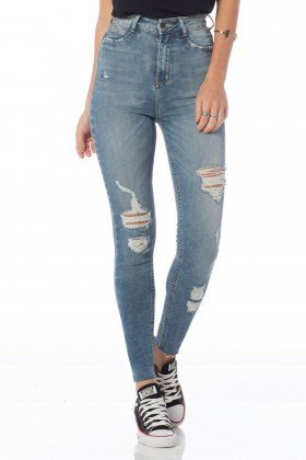 calca skinny hot pants rasgos dz2625 frente proximo denim zero