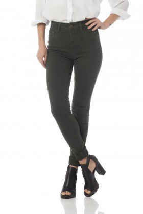 calca skinny media colors dz2560 forest frente proximo denim zero