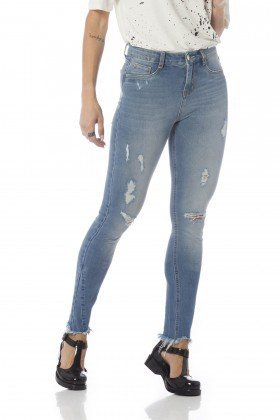 calca skinny media barra desfiada dz2652 frente proximo denim zero