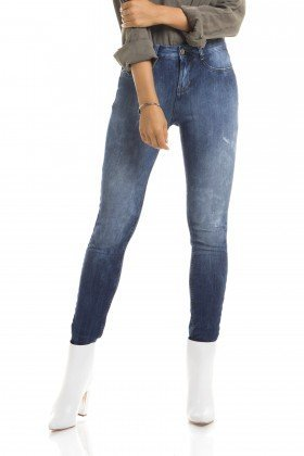dz2677 calca skinny media frente proximo