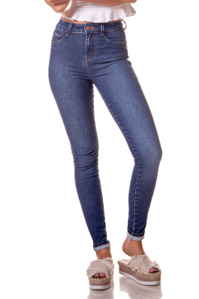 dz2610 11 calca skinny media estonada denim zero frente cortada