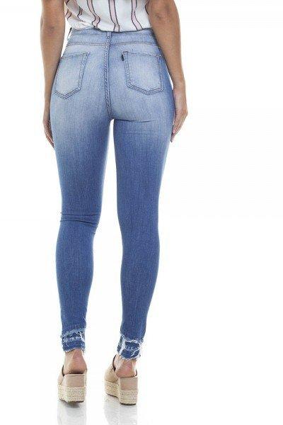 f4717a6412c67 Calça Jeans Feminina Skinny Cigarrete Hot Pants Estonada - DZ2805