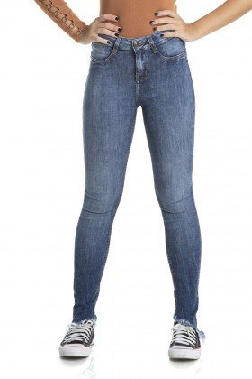 dz2874 calca skinny media lavacao mais escura denim zero frente crop
