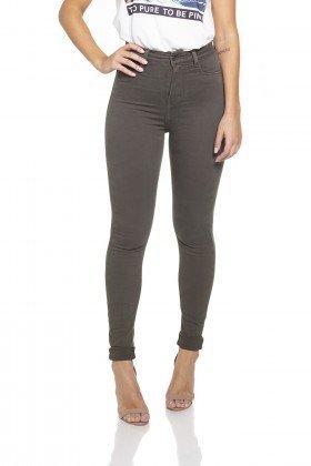 dz2528 12 calca skinny hot pants musgo frente prox