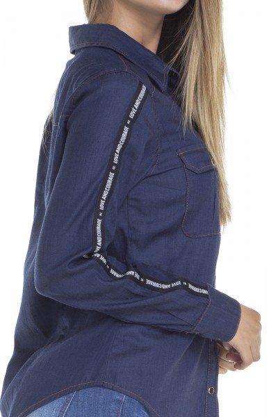 281f1c0ae8 ... dz11139 camisa solta jeans com listra na manga detalhe denim zero ...