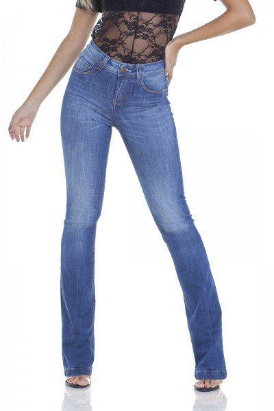 dz2946 calca jeans boot cut com bigodes frente prox denim zero