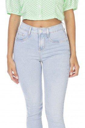 dz3225 calca jeans feminina skinny cropped barra irregular denim zero frente detalhe