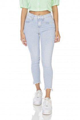 dz3225 calca jeans feminina skinny cropped barra irregular denim zero frente prox